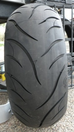 Avon Cobra 240 Motorcycle Tire