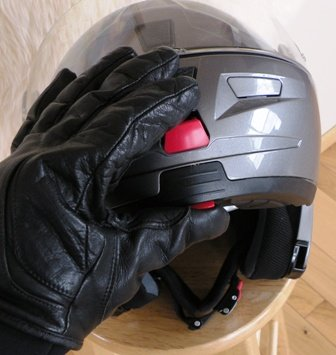 Operating Nolan Helmet Controls with gloves on